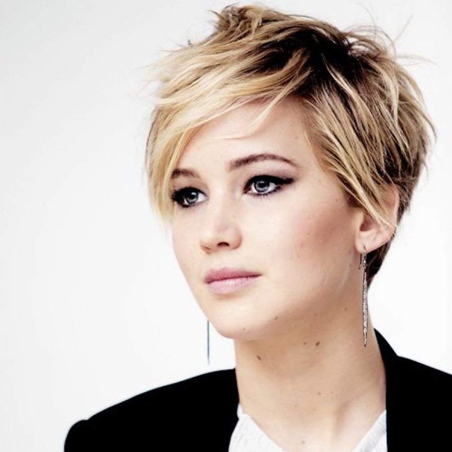Jennifer Lawrence cheveux courts