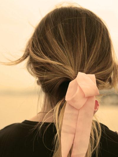 le ruban en satin coiffures faciles maison